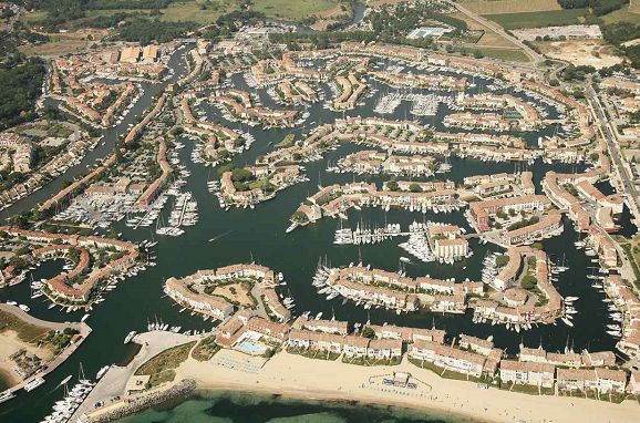 port_grimaud_capitainerie